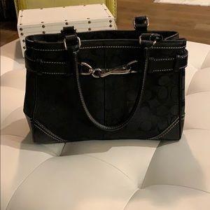 Coach bag classic black hand bag